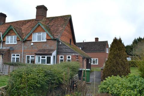 2 bedroom end of terrace house to rent - Old Bothampstead Road Beedon