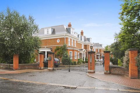 4 bedroom house to rent - Grove Park Road, Chiswick, W4