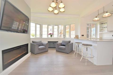 1 bedroom flat for sale - Chiswick Village, Chiswick
