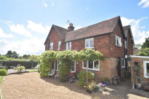 3 bedroom cottage for sale - Egerton