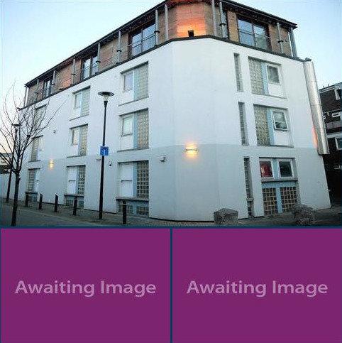 3 bedroom maisonette for sale - Dacre Road, Plaistow, London. E13