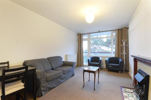 2 bedroom flat to rent - Walmsley House, Colson Way, London, SW16