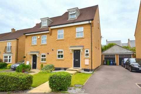 3 bedroom townhouse for sale - North Lodge Drive, Papworth Everard, Cambridge