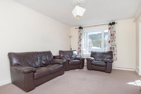3 bedroom flat to rent - Canongate, Edinburgh EH8