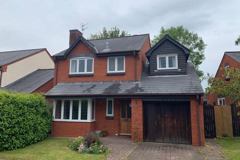 4 bedroom detached house for sale - Island Farm Close Bridgend CF31 3LY