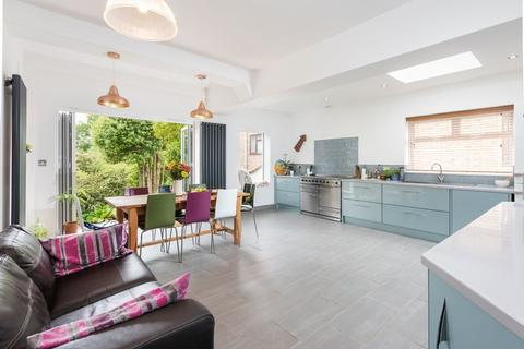 5 bedroom detached house for sale - Peacock Lane, Brighton