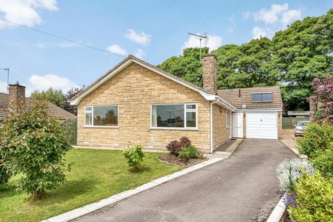 3 bedroom detached bungalow for sale - Chalford Hill