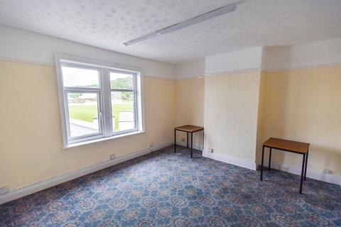 Office to rent - Baildon Bridge, Shipley