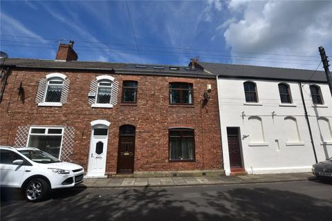 4 bedroom terraced house to rent - Cooperative Terrace, Hetton-le-Hole, Houghton Le Spring, Tyne and Wear, DH5