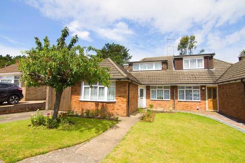 3 bedroom chalet for sale - Ridgeway Avenue, Dunstable, Bedfordshire, LU5 4QN