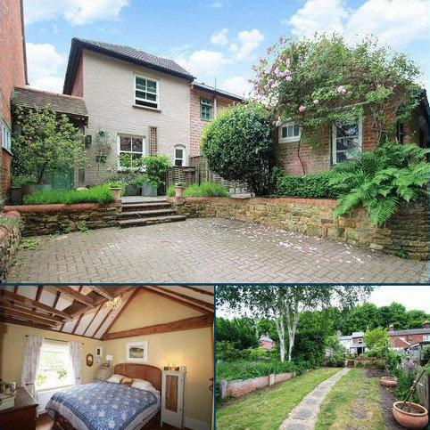2 bedroom semi-detached house for sale - Snowdenham Lane, Bramley