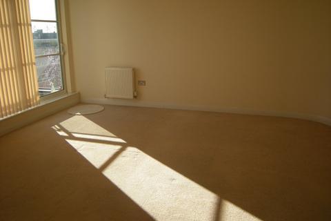 1 bedroom flat to rent - Watkin Road,