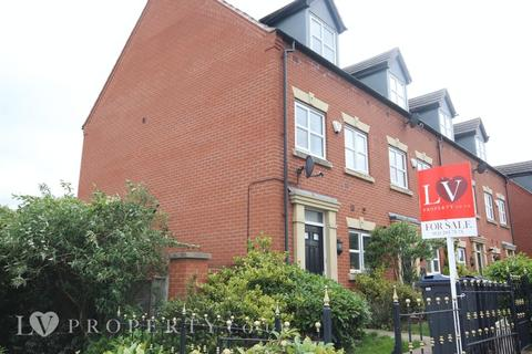 3 bedroom end of terrace house for sale - Lodge Road, Birmingham