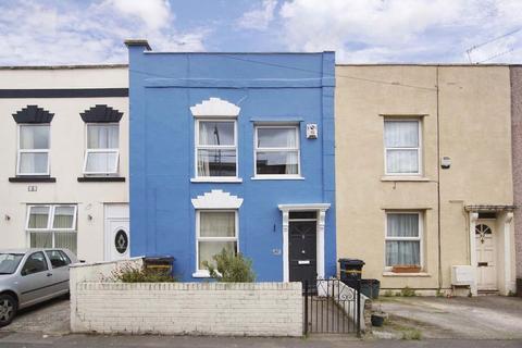 2 bedroom terraced house for sale - Lyppiatt Road, Bristol, BS5 9HS