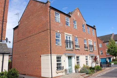 4 bedroom semi-detached house for sale - Regent Mews