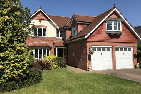 4 bedroom detached house to rent - Westbourne Drive, Wilmslow