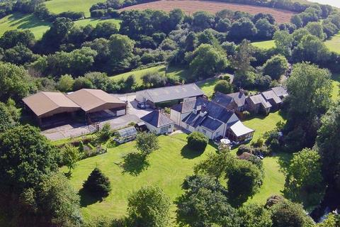 9 bedroom country house for sale - STUNNING MAIN RESIDENCE * THREE BEAUTIFUL 4* HOLIDAY COTTAGES * 40 ACRES *STABLING / GARAGING / TWO LARGE BARNS