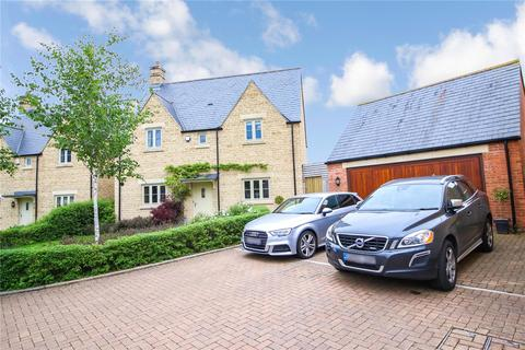 4 bedroom detached house for sale - Brewin Close, Cirencester, GL7