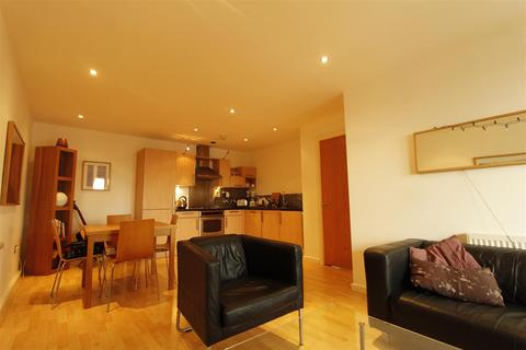 2 bedroom flat to rent - St James Quay, Brewery Wharf