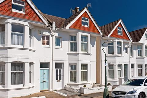 4 bedroom semi-detached house for sale - Marine Avenue, Hove