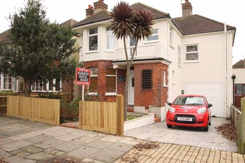 4 bedroom house to rent - Wish Road, Hove