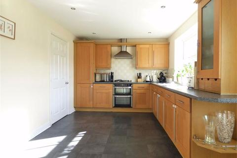 4 bedroom detached house to rent - Rectory View, Beeford