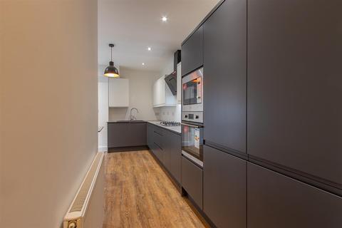 7 bedroom house share to rent - Grosvenor Street, Canton
