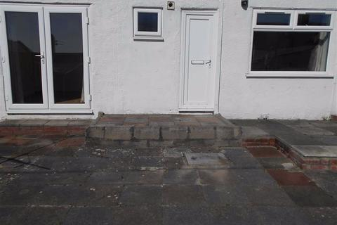 1 bedroom apartment to rent - Wenvoe Terrace, Barry, Vale Of Glamorgan