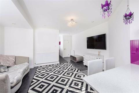 2 bedroom flat for sale - Audley Road, Hendon, NW4