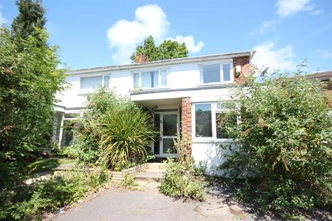 4 bedroom semi-detached house to rent - Overhill Gardens, Brighton