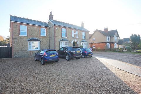 6 bedroom detached house for sale - London Road, Braintree, CM77