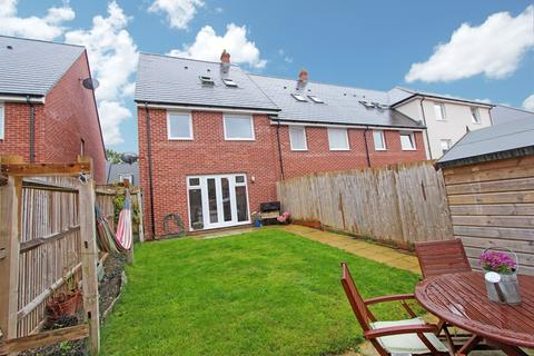 4 bedroom townhouse for sale - Colby Street, Maybush, Southampton, SO16