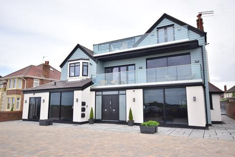 2 bedroom apartment for sale - Inner Promenade, Lytham St Annes, FY8