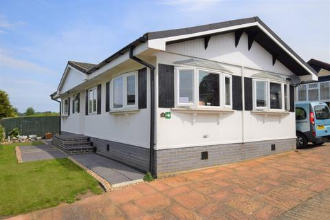 2 bedroom mobile home for sale - Yew Tree Park Homes, Charing