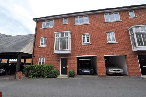 4 bedroom townhouse for sale - Ruby Link, Chelmsford, CM2