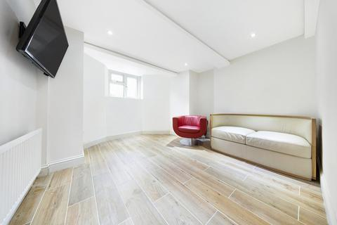 2 bedroom flat for sale - Tierney Road, London, London SW2