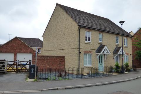 3 bedroom semi-detached house to rent - White Eagle Road, Haydon End, Swindon