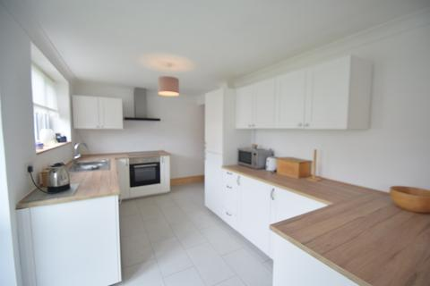 4 bedroom terraced house for sale - Deere Avenue, South Hornchurch