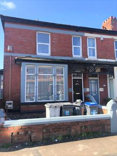 2 bedroom flat to rent - First Floor Flat, 85 Warley Road