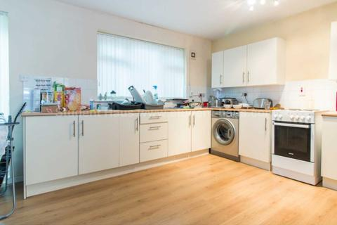 4 bedroom house to rent - Mildred Street, Salford, M7 2HG