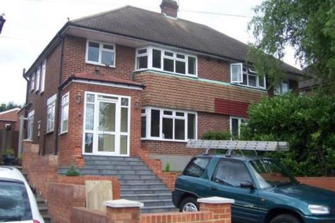 3 bedroom semi-detached house to rent - Morton way, London N14