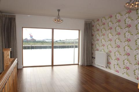 4 bedroom townhouse to rent - Emily Court, Maritime Quarter, Swansea