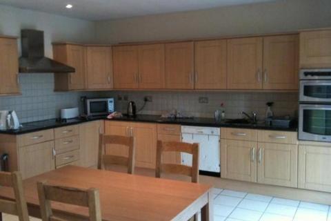4 bedroom semi-detached house to rent - Keyes Gardens, Jesmond, Newcastle upon Tyne NE2