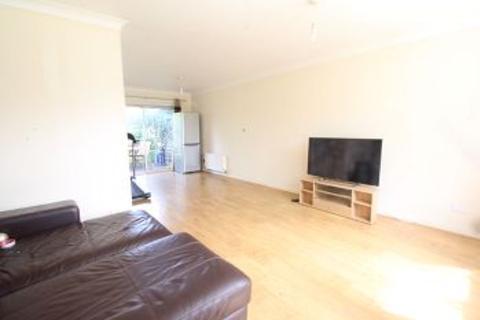3 bedroom terraced house to rent - Welbeck Road, Maidenhead