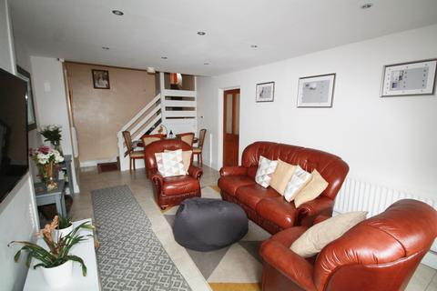 1 bedroom in a house share to rent - Windlass Place, London, SE8 3QZ