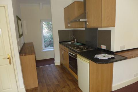 2 bedroom flat to rent - High Street, CF32 7AF
