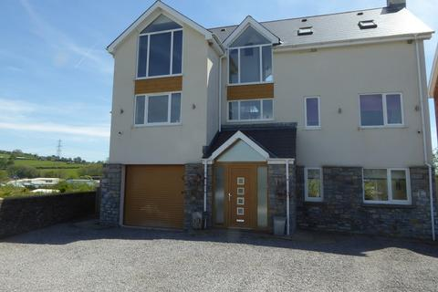 5 bedroom detached house for sale - New Road, Brynmenyn, Bridgend. CF32 9LL