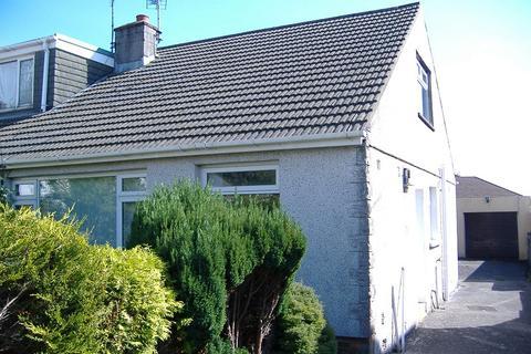 2 bedroom bungalow to rent - 13 Chaucer Close, Cefn Glas, Bridgend. CF314PZ