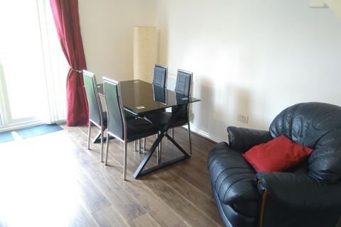 3 bedroom terraced house to rent - Lancers Walk