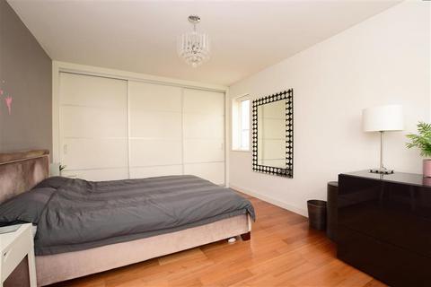 3 bedroom bungalow for sale - Cissbury Crescent, Saltdean, East Sussex